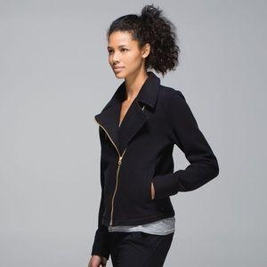 Lululemon black lab shadow jacket size 4